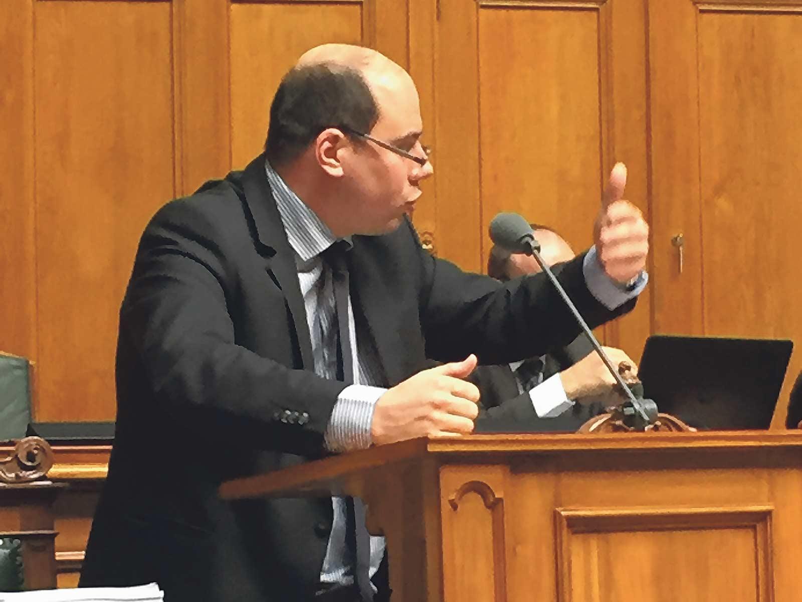 Mauro Tuena im Nationalrat.