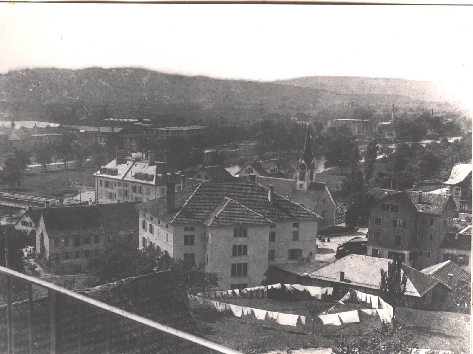 Der Dorfkern der Gemeinde Wipkingen um 1895
