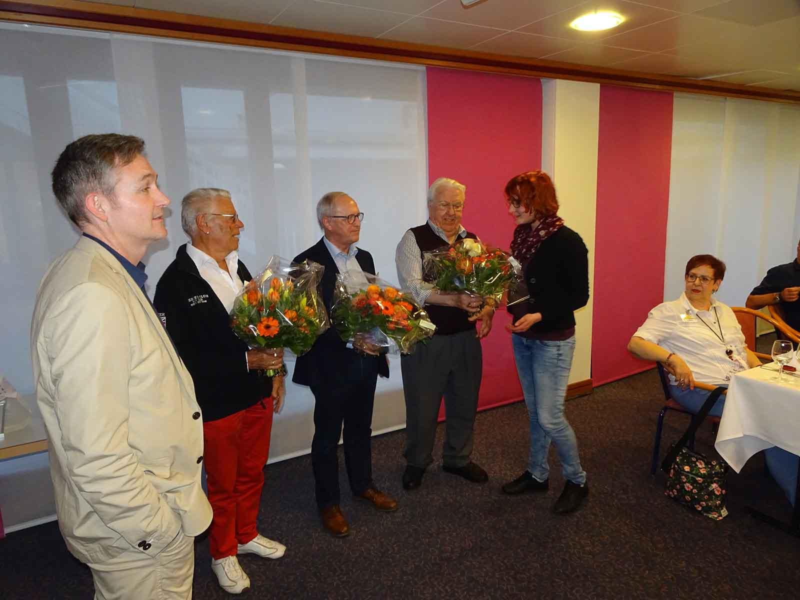 Ehrungen an der letztjährigen GV: (von links) Präsident Fredy Wunderlin, Hans Wiederkehr, Kurt Ehrat, Sepp Bamert und Patricia Gabathuler.