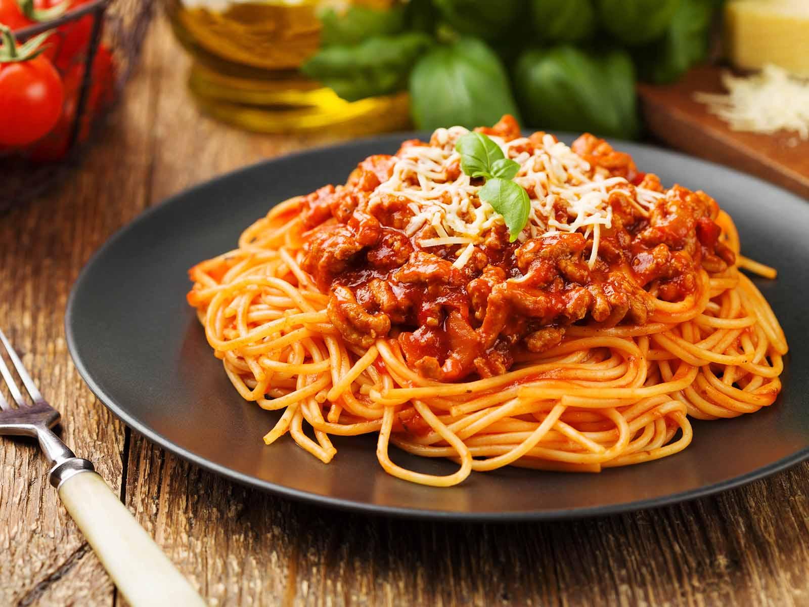 Nach der GV laden wir Sie zum Spaghetti-Essen ein.