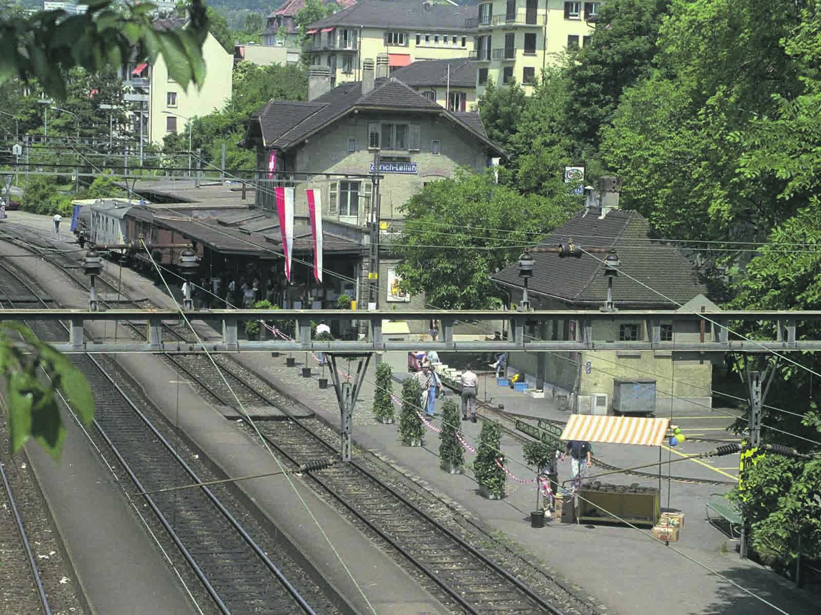 Impressionen vom letzten Betriebstag des Bahnhofs Letten am 27./28. Mai 1989.