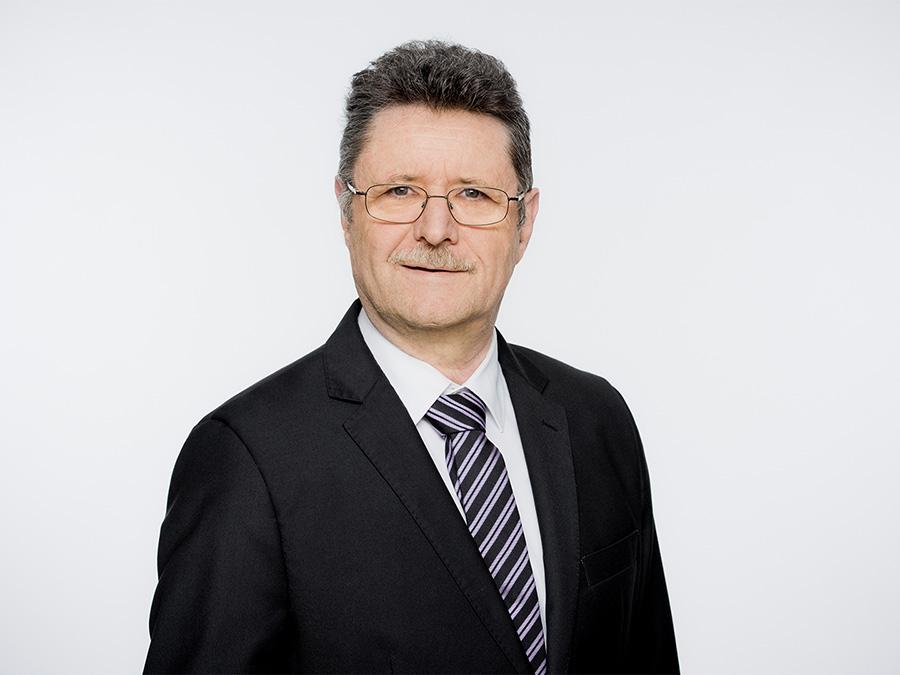 Johann Widmer rückt für Christoph Marty und die SVP Kreis 10 in den Zürcher Gemeinderat nach.