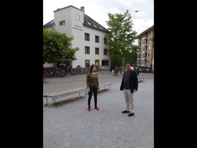 Hier hat Angelo schon immer hingepasst. Der Röschibachplatz ist – wen wunderts – auch für den Zuzüger der liebste Platz in Wipkingen.