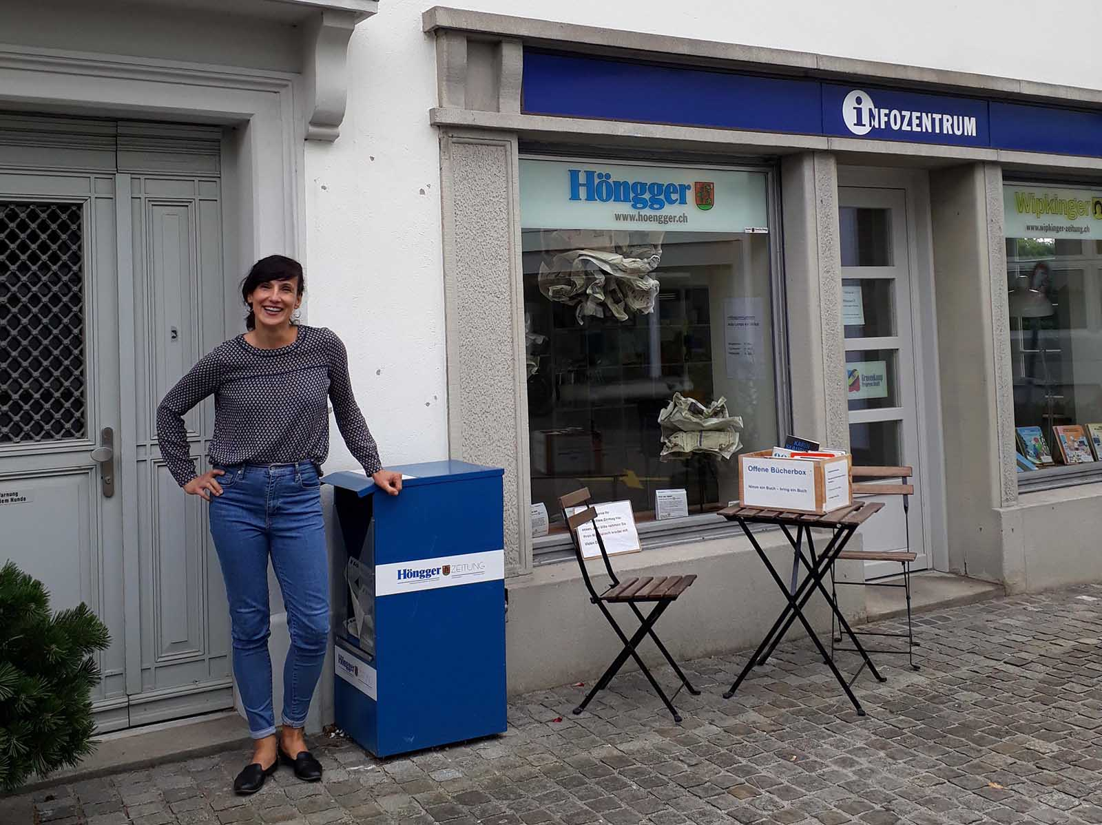 Natasa Karnath freut sich. Sie hat seit dem 1. September ihr Büro in den Räumen der Redaktion des «Hönggers» am Meierhofplatz 2. Frauenpower und gegenseitige Inspiration – toi, toi, toi.
