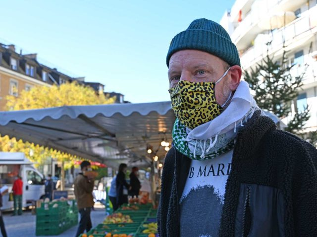 Uwe ist ein oft gesehener Besucher des Wipkinger Frischwarenmarktes.