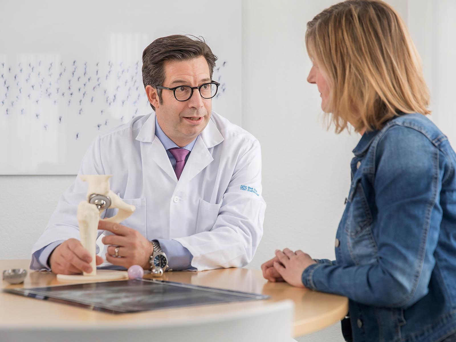 PD Dr. med. Michael Dietrich, Chefarzt Klinik für Orthopädie, Hand- und Unfallchirurgie, Stadtspital Waid und Triemli.