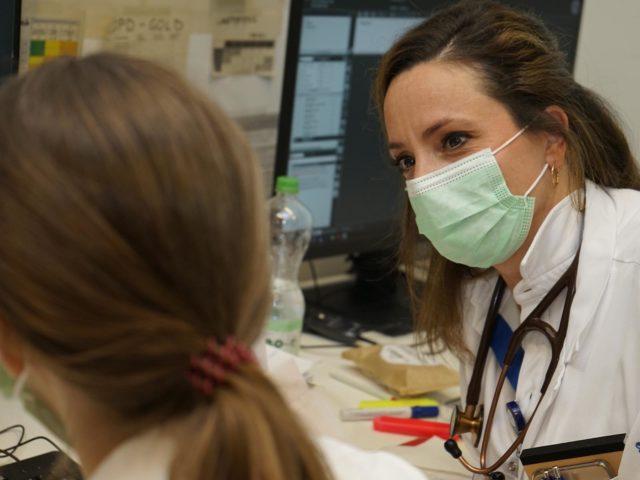 Dr. med. Sabine Dinges, Leitende Ärztin, Klinik für Innere Medizin am Stand- ort Triemli des Stadtspitals Zürich.