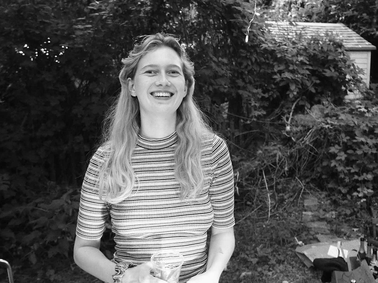 Hannah Maciejewski sieht den Weg zu einer besseren Welt in den sozialen Bewegungen statt in der institutionellen Politik.